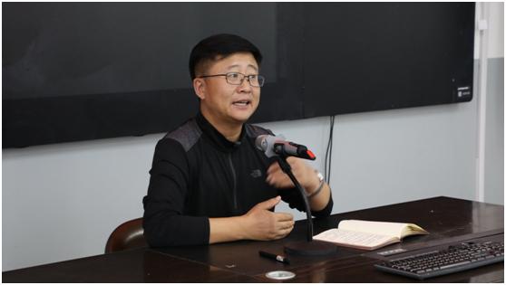 热烈祝贺曹凤财老师荣获吉林省师德标兵荣誉称号
